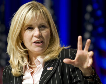 Liz Cheney Wanted for Exploratory Committee War Crimes
