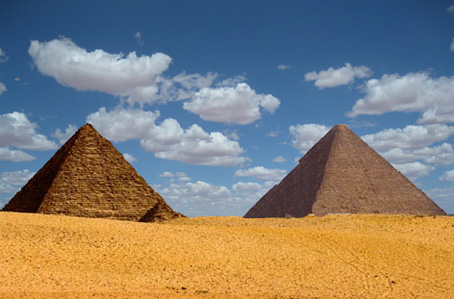 Egypt's Aftermath: Looters Make Off with the Great Pyramid, And didn't the Sphinx have a nose?