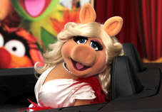 Ham Slam: Miss Piggy's Fox News Roast