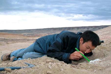Man's Attempt to Snort the Gobi Desert Ends Poorly